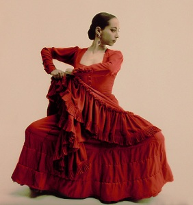 Flamenco Dancer, photo by Gilles Larrain (via Wikipedia)