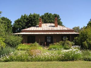 Lake View House, Chiltern