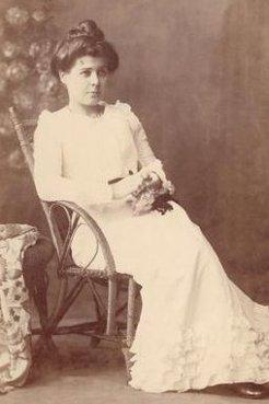 Louise Mack, 1890s